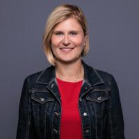 Portraitfoto Dr. Simone Strohmayr