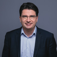 Florian von Brunn zum neuen Vorsitzenden der SPD-Landtagsfraktion gewählt