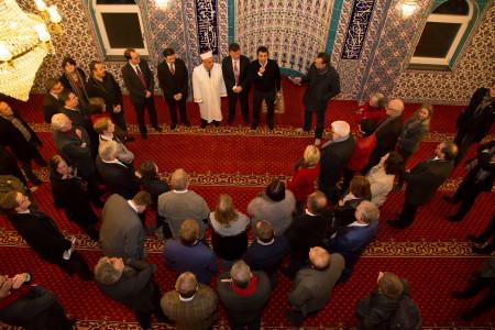 SPD-Fraktion beim Moscheebesuch