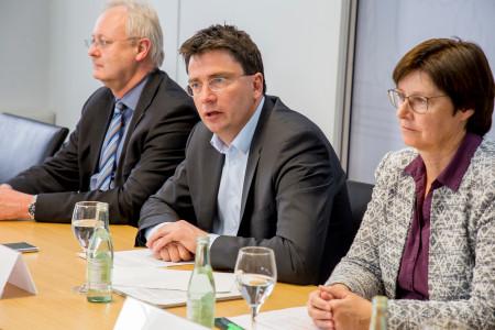 PK zum Ende des Untersuchungsausschusses Bayern-Ei (v.l. Bernhard Pohl, Florian von Brunn, Rosi Steinberger)