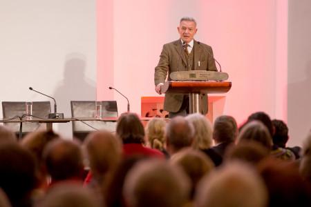Rotes Bayern - der SPD-Fraktionsvorsitzender Horst Arnold begrüßte die Gäste