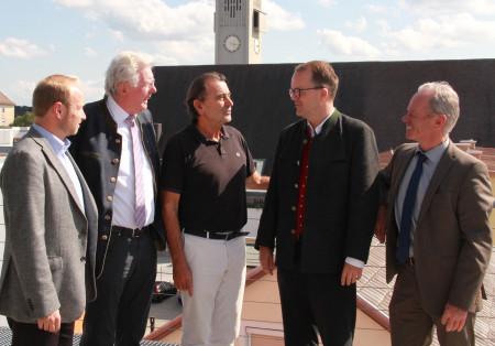 Spitzengespräch in Burghausen (v.l.): Prof. Dr. Philipp Keil, Günther Knoblauch, Hans Steindl, Markus Rinderspacher, Anton Steinberger.