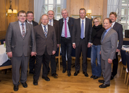 v.l.: Harry Scheuenstuhl (MdL), Volkmar Halbleib (MdL), Klaus Adelt (MdL), Herbert Eckstein (Landrat Landkreis Roth), Günther Knoblauch (MdL), Ulrich Maly (Oberbürgermeister Nürnberg), Natascha Kohnen (MdL), Peter Paul Gantzer (MdL), Paul Wengert (MdL)