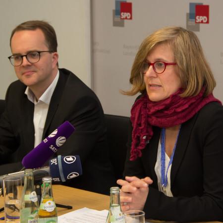 Dr. Simone Strohmayr (r) und Markus Rinderspacher