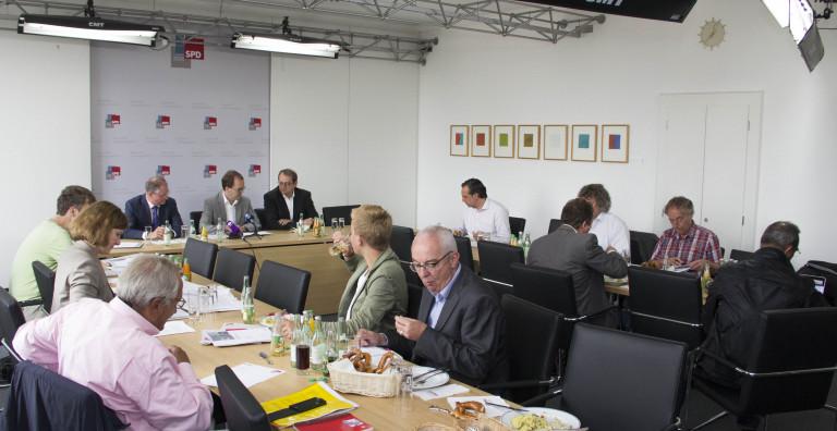 PK Verfassungsklage Volksbefragungsgesetz 2