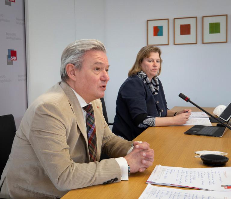 SPD-Fraktionschef Horst Arnold und die stellvertretende Vorsitzende des Gesundheitsausschusses Ruth Waldmann