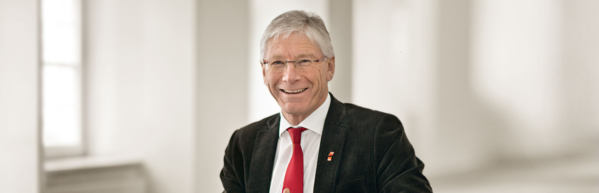 Bernhard Roos
