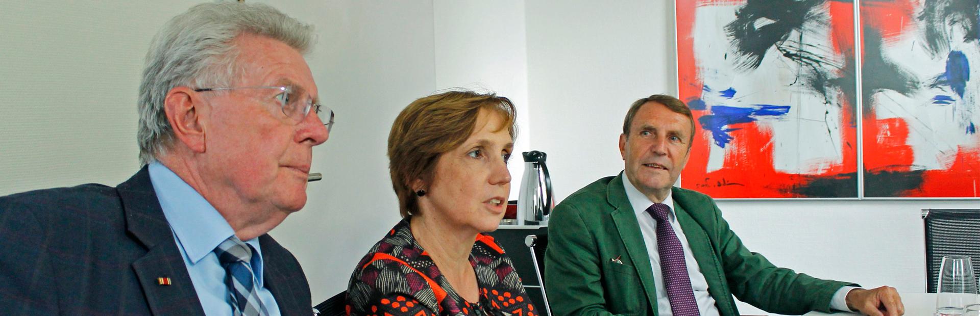 Die SPD-Mitglieder der Heimat-Enquete am Pressekonferenztisch